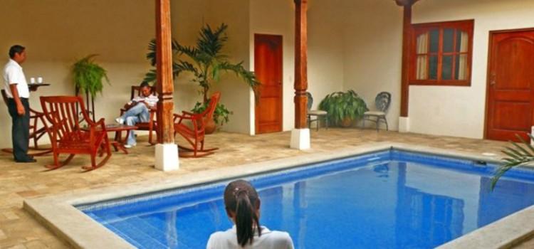 La Perla Hotel Nicaragua Pool