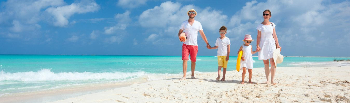 Top 10 family travel destinations around the world for Vacation spots around the world